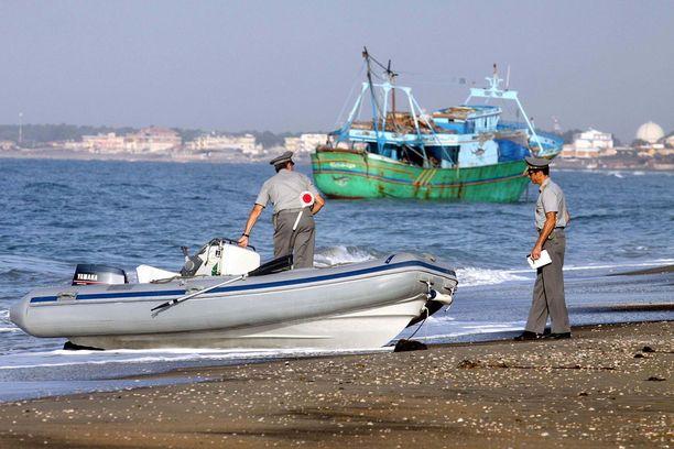 Paikallisen viranomaislähteen mukaan Tunisiasta on saapunut Italian rannoille viimeisten kahden kuukauden aikana noin 3000 siirtolaista. Arkistokuva.