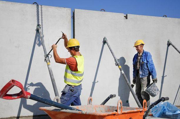 Rakennusalalla on työttömyyttä mutta myös avoimia työpaikkoja.
