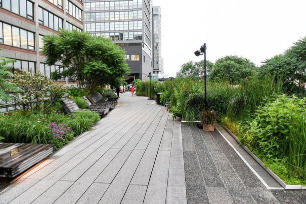 High Line on suosittu ulkoilupaikka läpi vuoden.
