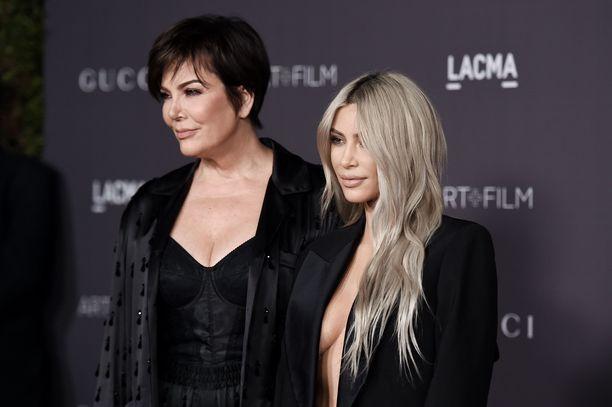 Kris Jenner ja Kim Kardashian.