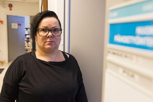 Piia Bimberg on A-klinikan nuorten päihdetyöntekijä Torniossa.