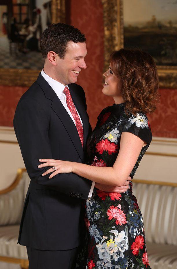 Prinsessa ja Brooksbank kihlautuivat tammikuussa.
