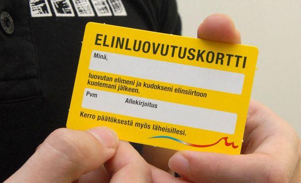 Päivystyssairaaloiden karsiminen vähentää elinluovuttajien tarvitsemaa tehohoidon tarjontaa Suomessa, kertoo Keskisuomalainen. Uhkana on luovuttajien määrän väheneminen.