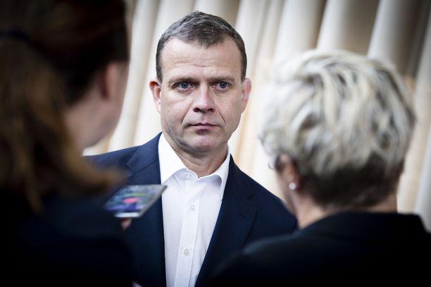 – Totesimme tänäänkin hallituksen kanssa, että kyse ei kuitenkaan valitettavasti ole pelkästään Oulun ilmiöstä. Sen takia pääpainon on jatkossa oltava valtakunnallisissa toimissa, valtiovarainministeri Petteri Orpo (kok) sanoo.