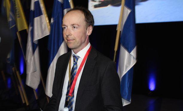 Europarlamentaarikko Jussi Halla-aho valittiin lauantaina perussuomalaisten puheenjohtajaksi.