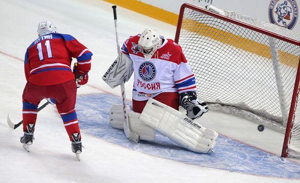 Presidentti Vladimir Putin on taas kerran onnistunut täydellisesti maalintekotilanteessa.