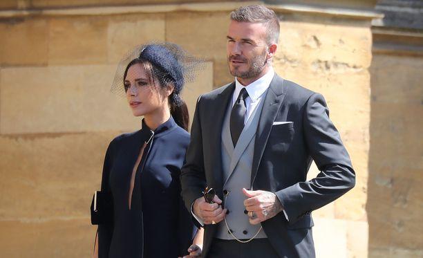 Victoria ja David Beckham olivat prinssi Harryn häiden kutsuvieraslistalla.