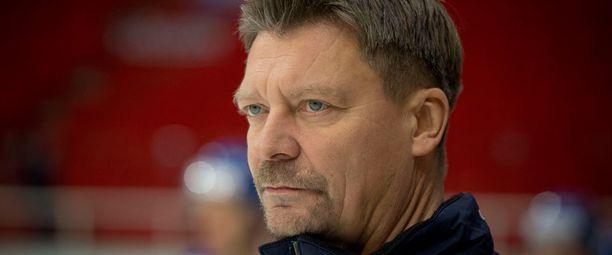 Jukka Jalonen lähti SKAn kanssa kesälaitumille.