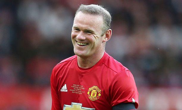 Wayne Rooneylla oli salaisuus kerrottavanaan, kun siirto Evertoniin varmistui.