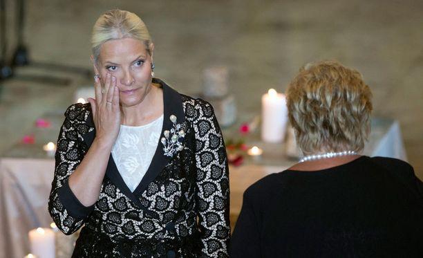 Mette-Maarit osallistui muistojumalanpalvelukseen.