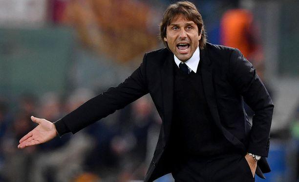 Antonio Conten paluu Italiaan sujui umpisurkeasti.