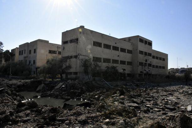 Mosulin yliopistoalue on tuhoutunut lähes täysin. Joidenkin lähteiden mukaan alueella piileskelee edelleen Isisin jäseniä.