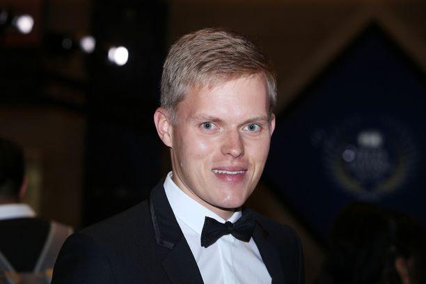 Rallin maailmanmestari Ott Tänak juhli kauttaan FIA:n palkintogaalassa Pariisissa viime lauantaina.