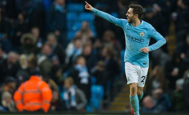 Bernardo Silva tuuletti Chelseaa vastaan tekemäänsä voittomaalia.