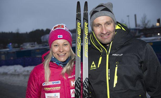 Itävaltalainen Gerhard Urain on Anne Kyllösen suksitallin Fischerin päällikkö.