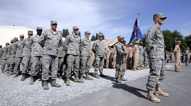 Huijariupseeri kertoi olevansa kotoisin Texasista ja väitti palvelevansa Afganistanissa. Kuvituskuva.