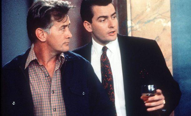Martin ja Charlie Sheen yhdessä Wall Street -elokuvassa vuonna 1987.