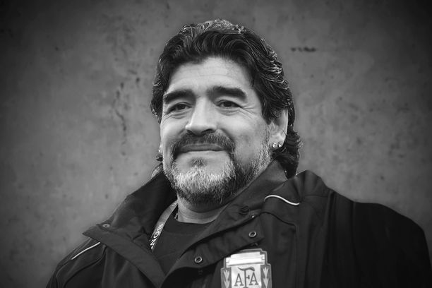 Diego Maradona on menehtynyt.