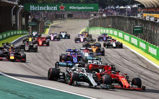 Korona jyllää Brasiliassa – F1-kisa halutaan ajaa yleisölle, F1 taipumassa varmistaakseen tuottoisan sopimuksen