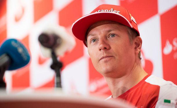 Kimi Räikkönen pääsee pian testaamaan uutta Ferraria.