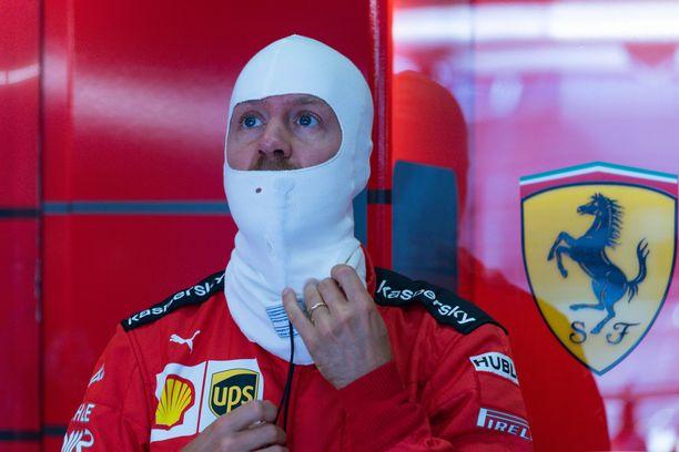 Sebastian Vettel aloitti kautensa surkeasti.