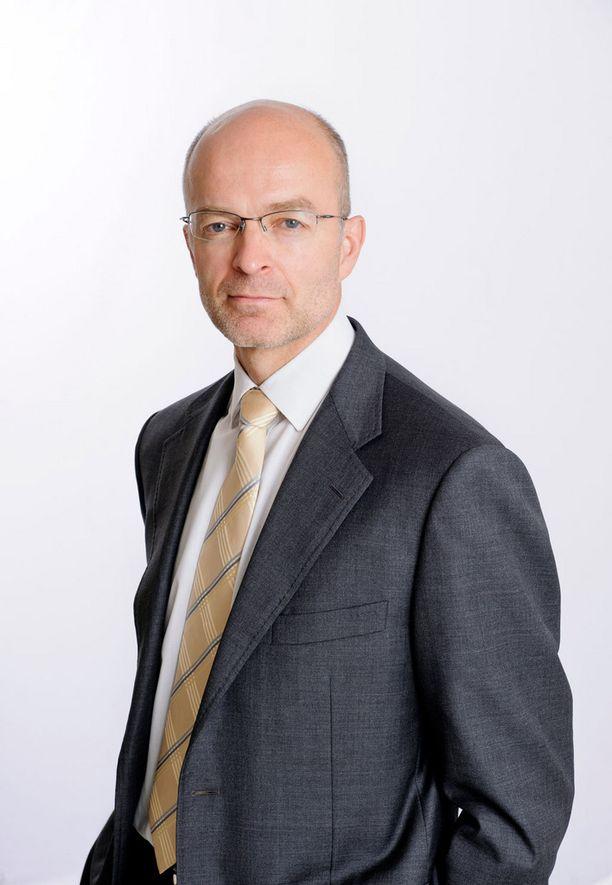 Suomen Yrittäjien varatoimitusjohtaja Antti Neimala kertoo, että joissakin yksittäistapauksissa yrittäjien siirtohintoja on korotettu jopa 50-60 prosenttia.
