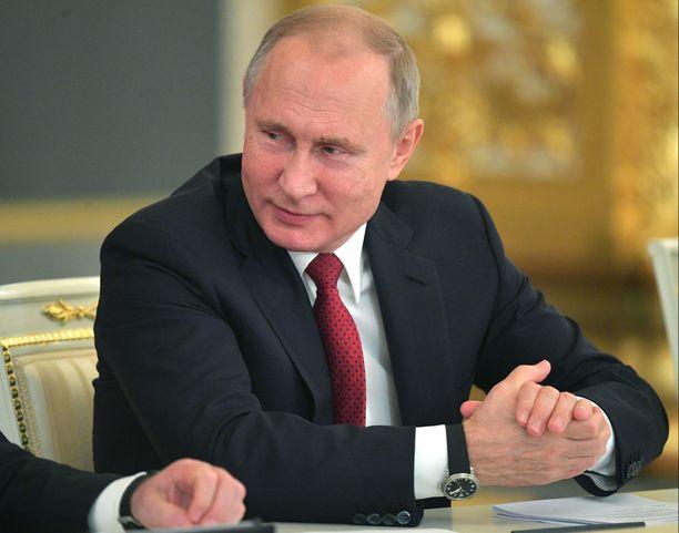 Venäjän presidentti Vladimir Putin pitää ukrainalaislaivoja Kertšinsalmella selvänä provokaationa ja katsoo rajavartion toimineen oikein.