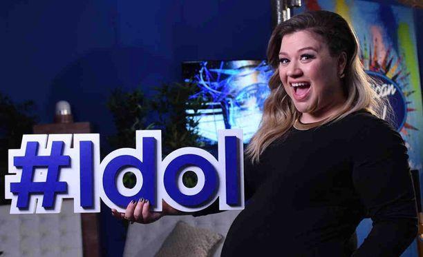 Kelly Clarkson muistetaan ensimmäisen American Idol -kauden voittajana.