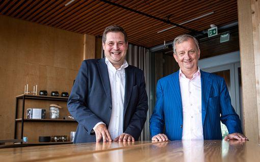 Hjallis Harkimon ja Jethro Rostedtin ystävyys alkoi erikoisesti: Huijaus autokaupoissa