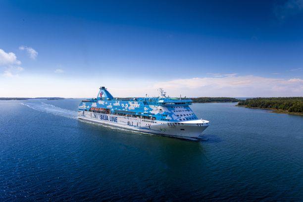 Galaxu kulkee Turun ja Tukholman välisellä reitillä.