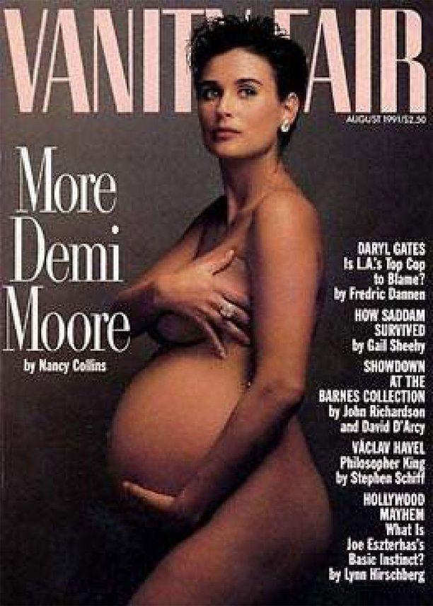 Annie Leibowitzin kuvasi Demi Mooren Vanity Fairin elokuun 1991 numeroon. Kaikkia muita raskausajan valokuvia verrataan tähän otokseen, niin ikoninen siitä on ajan saatossa tullut.
