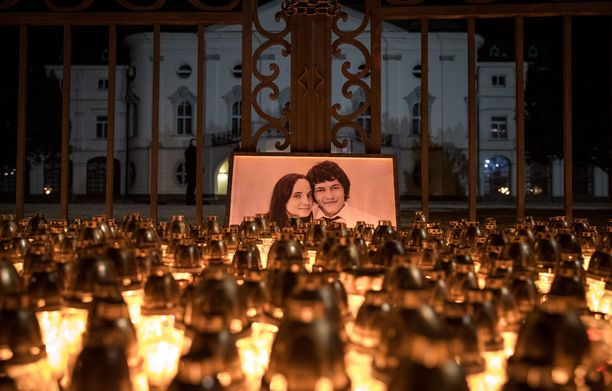 Slovakialaistoimittaja Jan Kuciak ja hänen avovaimonsa murhattiin viikonloppuna. Kuciak tutki korruptiota.