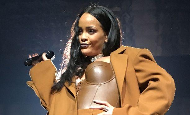 Rihanna kiertää parhaillaan Yhdysvaltoja.
