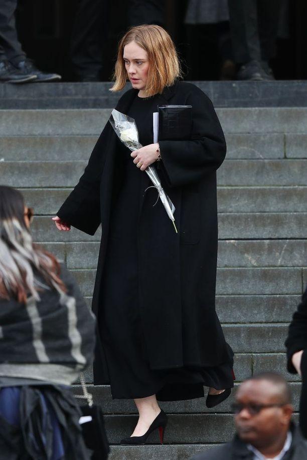 Adelea ei ole viime aikoina nähty julkisuudessa.