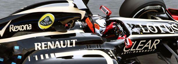 Kimi Räikkönen testaa Lotusta Barcelonassa.