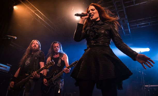 Epica nappasi nimensä Kamelot-yhtyeen albumin nimestä. Alun perin kokoonpano musisoi nimellä Sahara Dust. Bändi on ollut kasassa jo yli 12 vuotta.