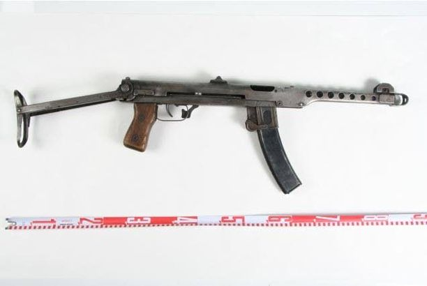 Elokuussa 2014 Turussa Lounais-Suomen poliisi takavarikoi suomalaiselta pääepäillyltä neuvostovalmisteinen Sudaev PPS43 konepistoolin.