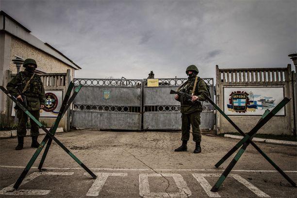 Venäjä lähetti tunnuksettomia sotilaita Krimille ja kaappasi sen itselleen Ukrainalta viime maaliskuussa. Tutkijat uskovat, ettei Venäjä tule luopumaan Krimistä.