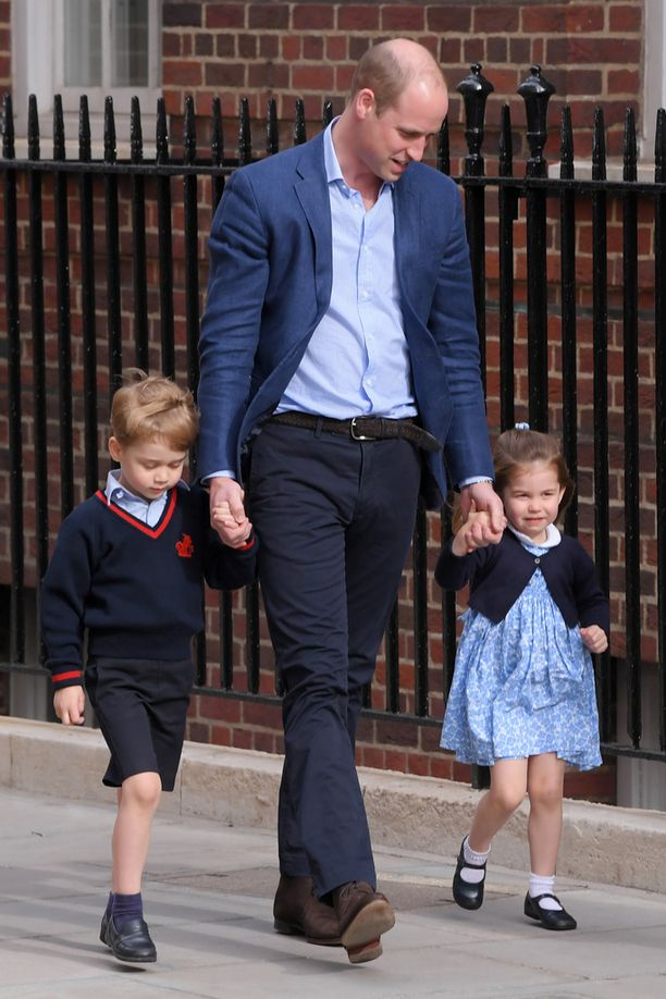 Catherine synnytti sairaalan Lindo-siivessä, jossa myös perheen muut lapset, 4,5-vuotias prinssi George ja pian 3 vuotta täyttävä prinsessa Charlotte, ovat syntyneet.