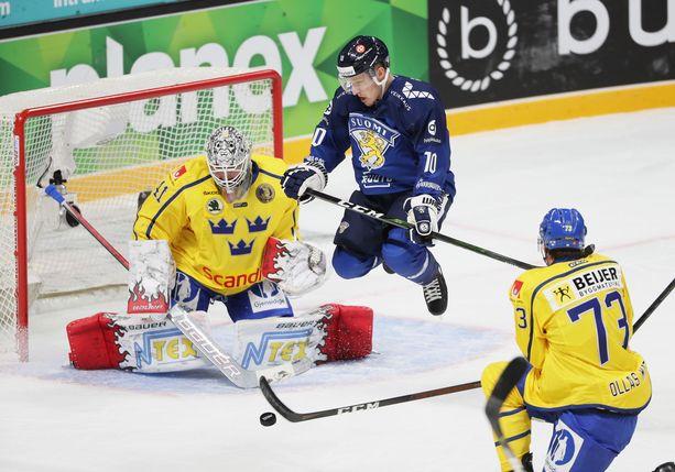 Eemeli Suomi ja Suomi lensivät päätöserässä Ruotsin ohi 3–2-voittoon.