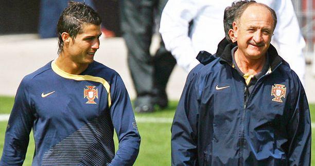 SATEENTEKIJÄT Cristiano Ronaldo ja Luiz Felipe Scolari ovat Portugalin kirkkaimmat tähdet.