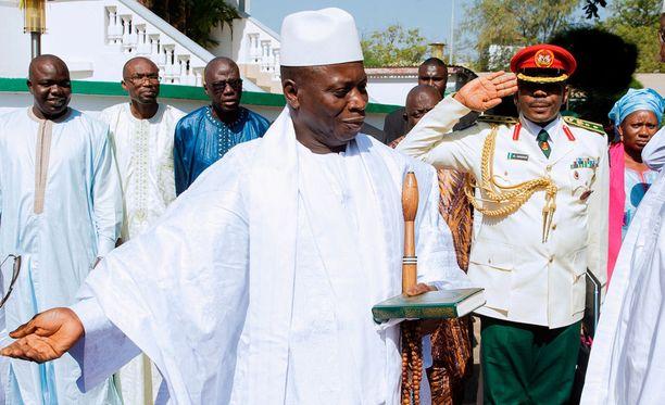 Yahya Jammeh kuvattuna tämän vuoden alussa.