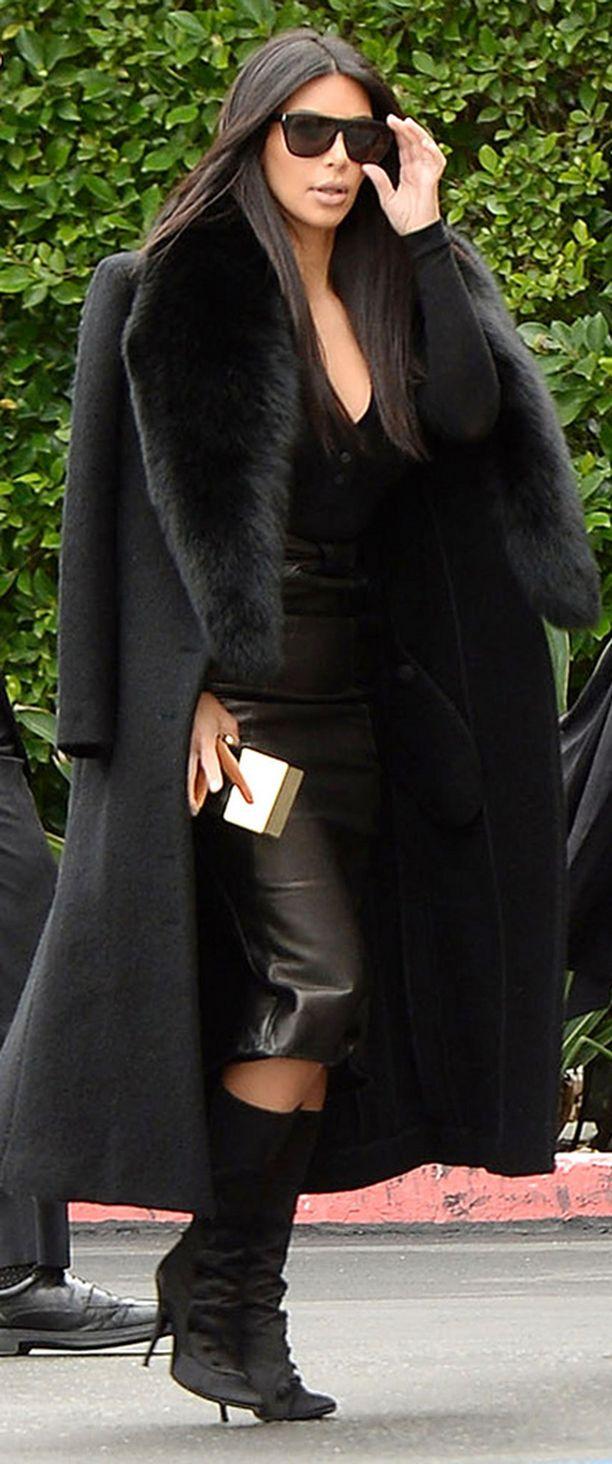 Kim Kardashianin hiukset hulmusivat näin upeasti vielä alkuviikosta