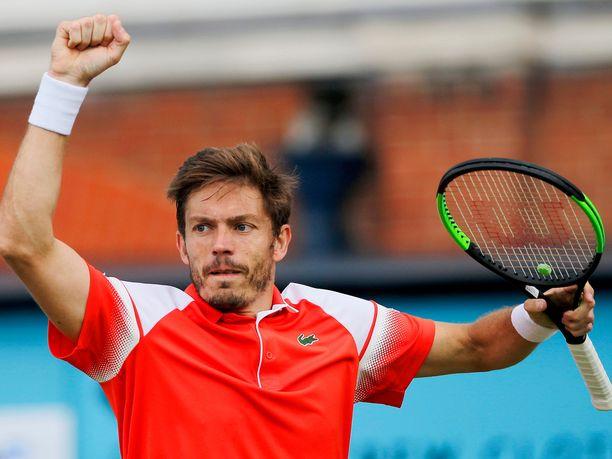 Nicolas Mahut sekoili Lontoon ATP-turnauksen neljännesvälierässä.
