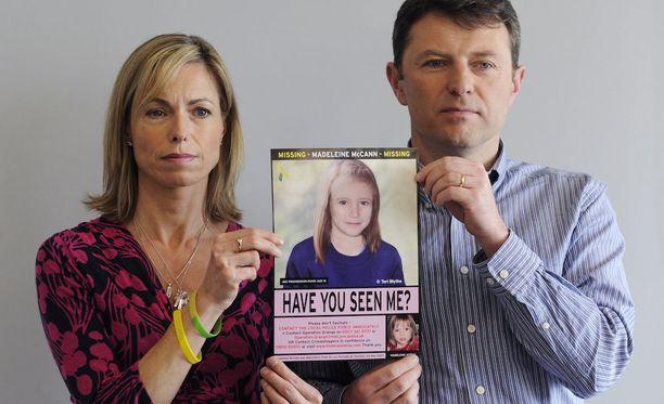 Kate ja Gerry McCann esittelivät muutama vuosi sitten tätä tietokoneella tehtyä valokuvaa, jossa näkyy miltä Madeleine näyttäisi isommaksi kasvaneena.
