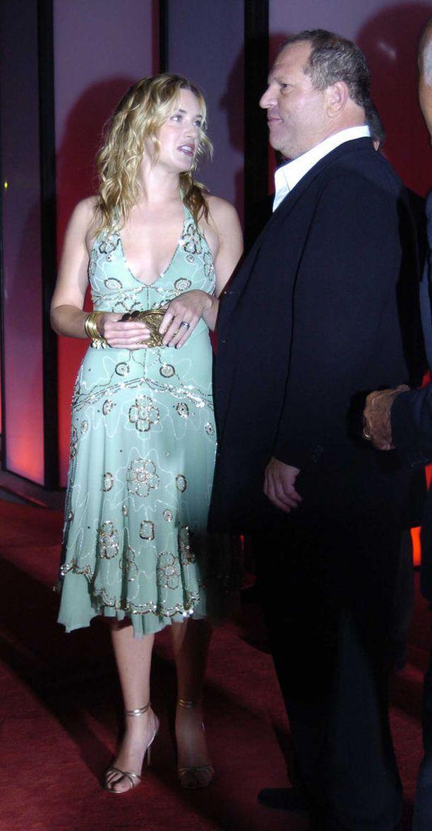 Winslet on näytellyt useissa Harvey Weinsteinin tuottamissa elokuvissa, mutta yhteistyö ei ole jatkunut vuoden 2009 jälkeen.