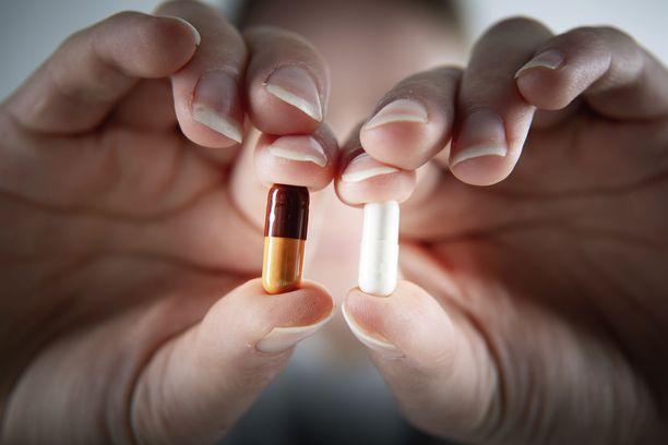 Kipulääkkeen ja tulehduskipulääkkeen vaikutustapa on hieman eri. Kuvituskuva.