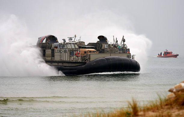 Nato järjestää säännöllisesti sotilasharjoituksia Baltian maissa ja Puolassa. Kuva Baltops-harjoituksesta Puolasta kesäkuussa.