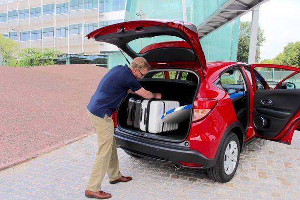 Parasta uudessa Honda HR-V:ssä on arkipäivän käytettävyys: monipuolinen tavaratila ja hyvät tilat matkustamossa.