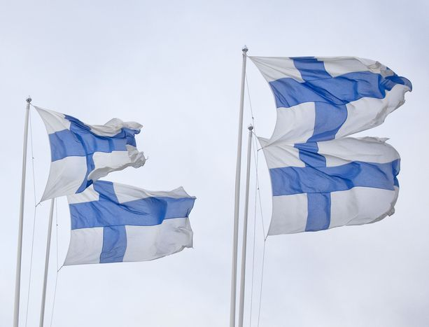 Suomessa pyritään kunnioittamaan tasa-arvoa ja yksilön koskemattomuutta.
